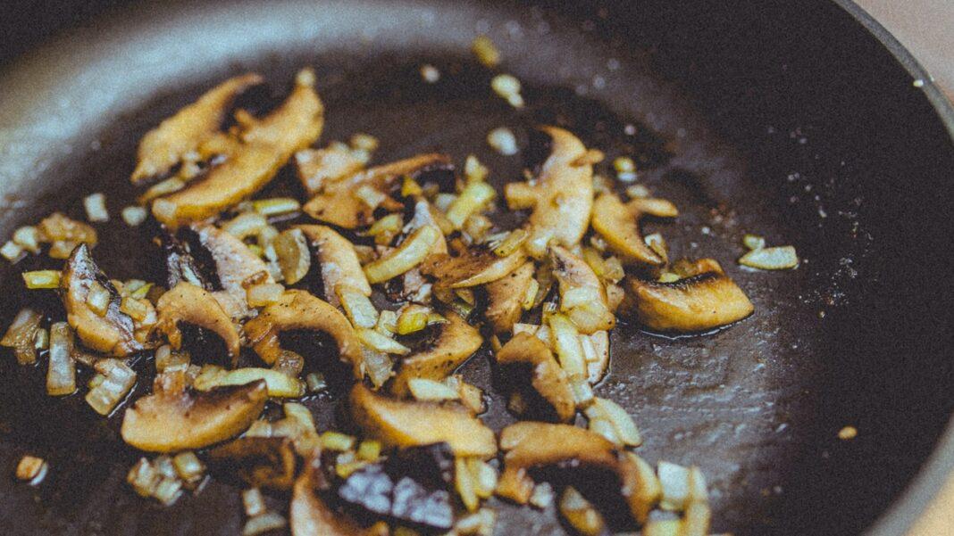 Mushrooms diet